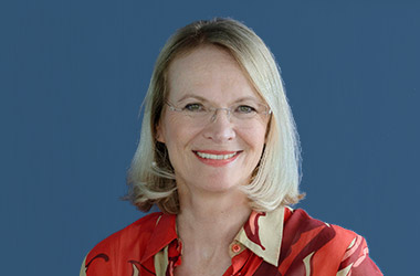 Karin Bayer, Buchhaltung